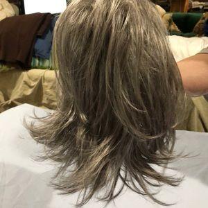Wig by Godivas Secret NWT